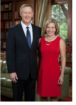 Chancellor McRaven and wife Georgeann